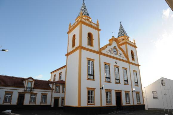 Photo of Igreja Paroquial de São Pedro da Ribeirinha