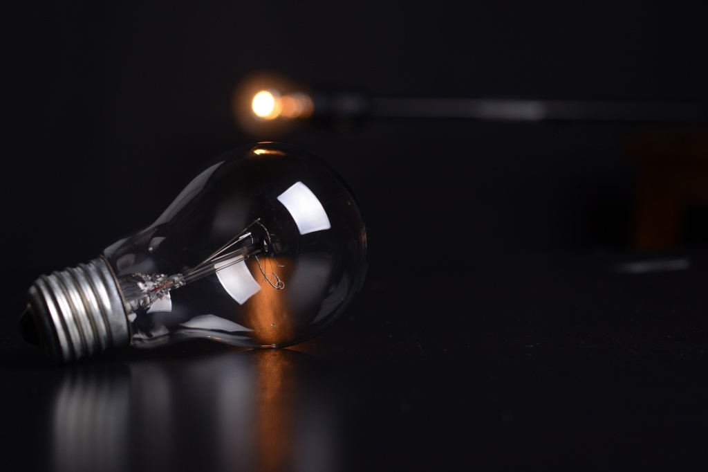 Photo of Separação de Lâmpadas e Pilhas – um Final Luminoso